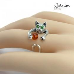 Piękny pierścionek z Kotkiem
